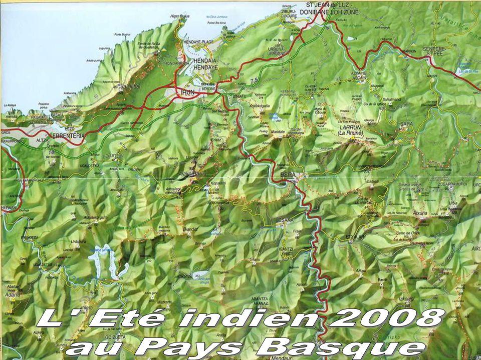L Eté indien 2008 au Pays Basque La mer au pied de nos montagnes.