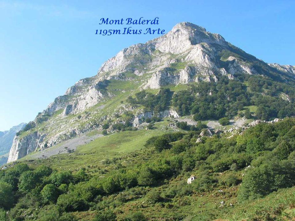 Mont Balerdi 1195m Ikus Arte Mundurat Eman Ninduzun Paroles: Xalbador