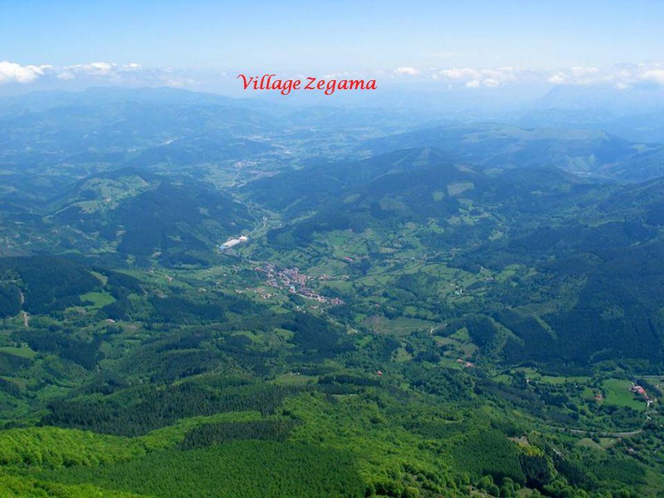 Village Zegama