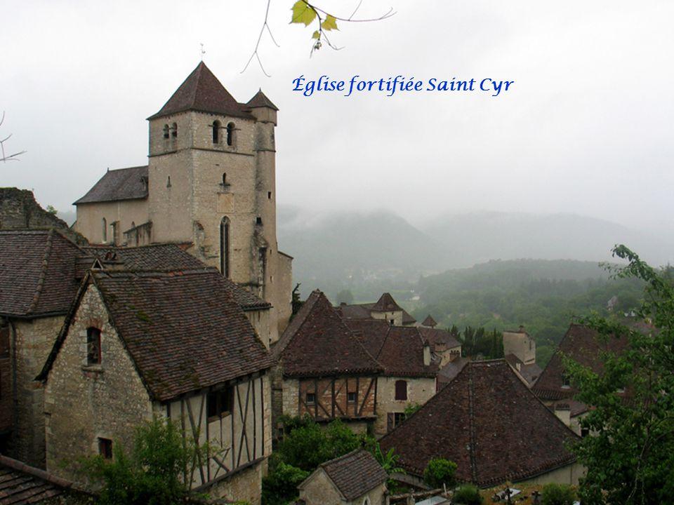 Église fortifiée Saint Cyr