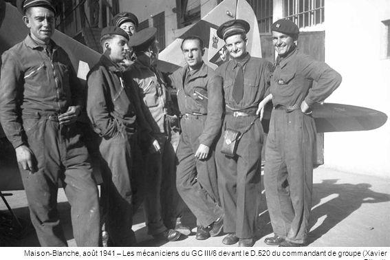 Maison-Blanche, août 1941 – Les mécaniciens du GC III/6 devant le D
