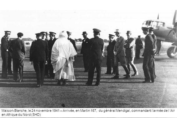 Maison-Blanche, le 24 novembre 1941 – Arrivée, en Martin 167, du général Mendigal, commandant l'armée de l 'Air en Afrique du Nord (SHD)