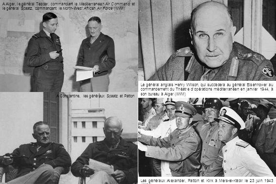 A Alger, le général Tedder, commandant le Mediterranean Air Command, et le général Spaatz, commandant le North-West African Air Force (IWM)