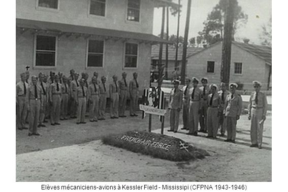 Elèves mécaniciens-avions à Kessler Field - Mississipi (CFPNA 1943-1946)
