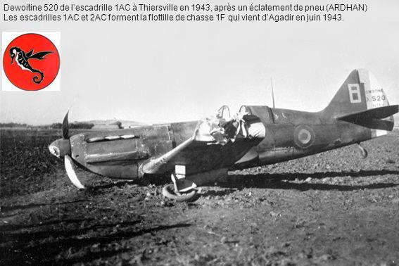 Dewoitine 520 de l'escadrille 1AC à Thiersville en 1943, après un éclatement de pneu (ARDHAN)