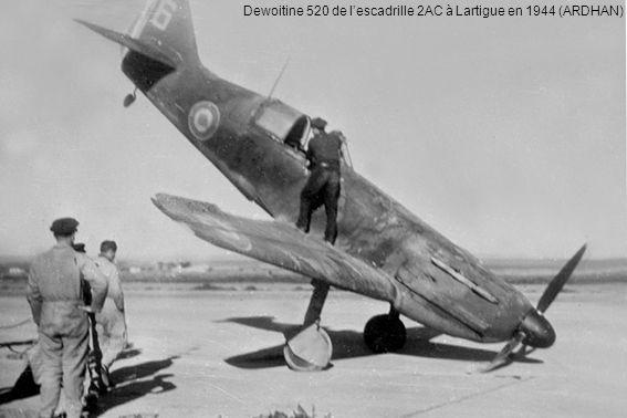 Dewoitine 520 de l'escadrille 2AC à Lartigue en 1944 (ARDHAN)