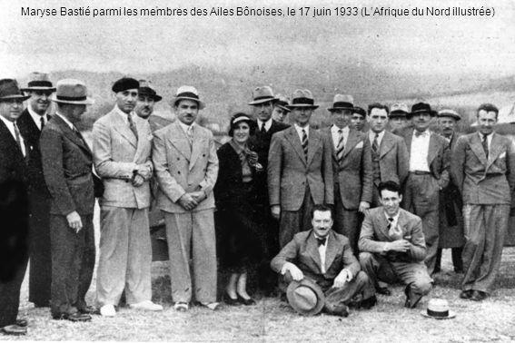 Maryse Bastié parmi les membres des Ailes Bônoises, le 17 juin 1933 (L'Afrique du Nord illustrée)