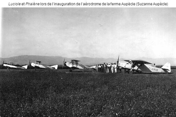 Luciole et Phalène lors de l'inauguration de l'aérodrome de la ferme Aupècle (Suzanne Aupècle)