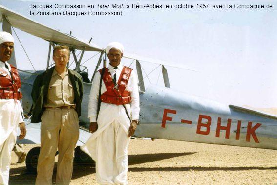 Jacques Combasson en Tiger Moth à Béni-Abbès, en octobre 1957, avec la Compagnie de la Zousfana (Jacques Combasson)