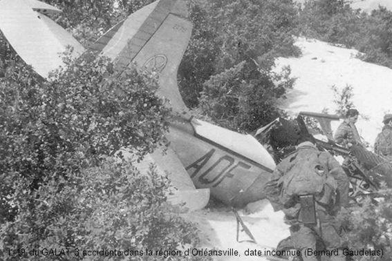 L-19 du GALAT 3 accidenté dans la région d'Orléansville, date inconnue (Bernard Gaudelas)