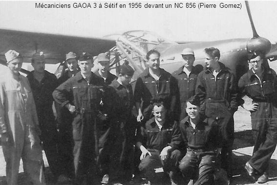 Mécaniciens GAOA 3 à Sétif en 1956 devant un NC 856 (Pierre Gomez)