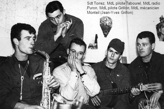 Sdt Torrez, MdL pilote Tabourel, MdL radio Puron, MdL pilote Grillon, MdL mécanicien Monteil (Jean-Yves Grillon)