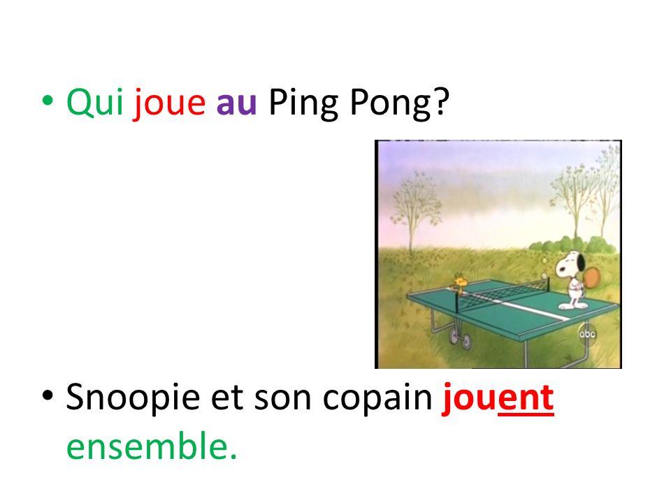 Qui joue au Ping Pong Snoopie et son copain jouent ensemble.