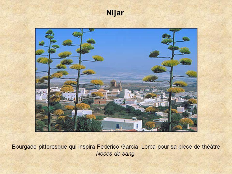 Níjar Bourgade pittoresque qui inspira Federico Garcia Lorca pour sa pièce de théâtre Noces de sang.