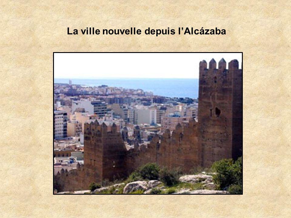La ville nouvelle depuis l'Alcázaba