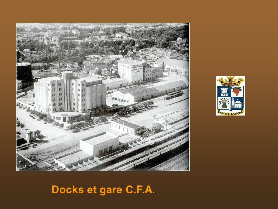 Docks et gare C.F.A.