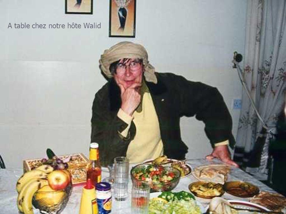 A table chez notre hôte Walid