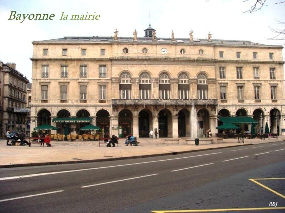 Bayonne la mairie