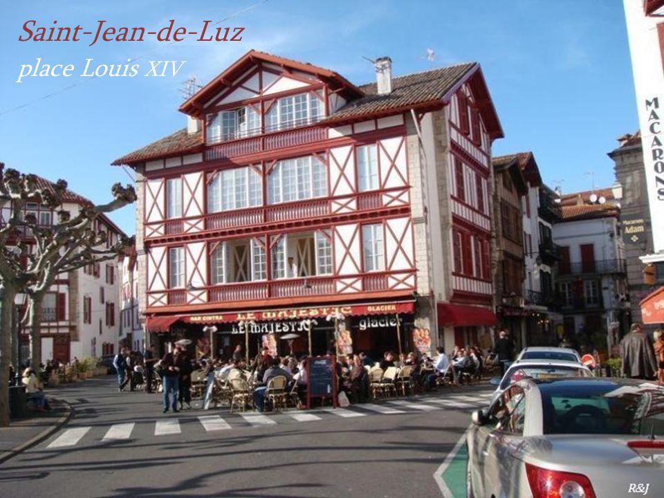 Saint-Jean-de-Luz place Louis XIV