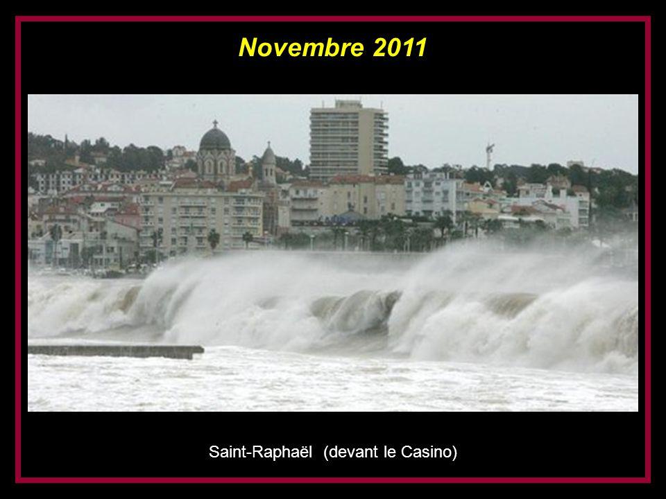 Saint-Raphaël (devant le Casino)