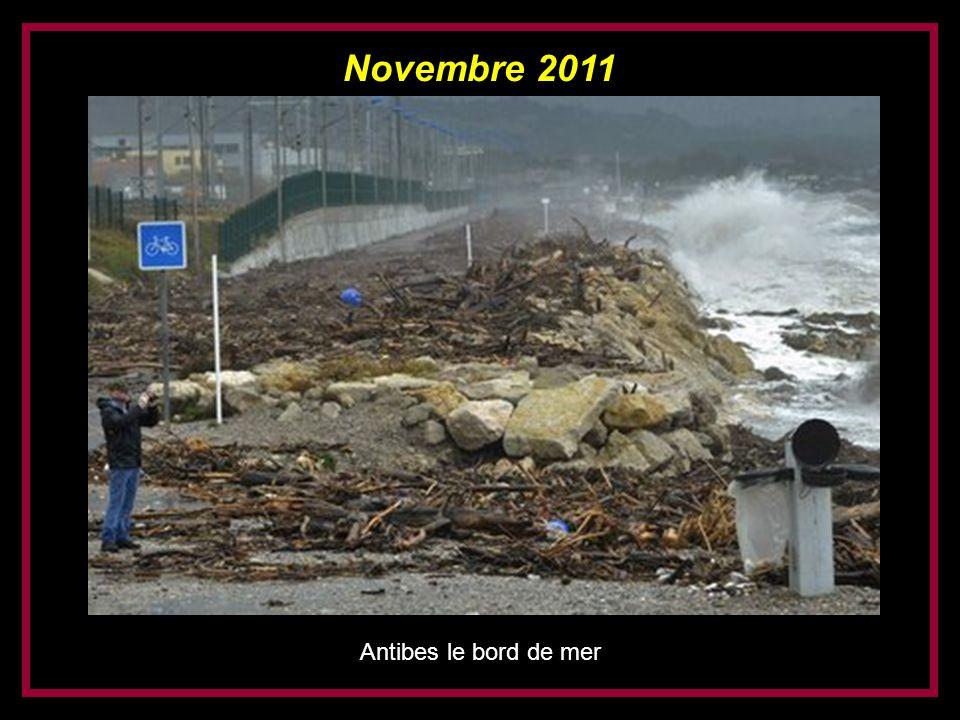 Novembre 2011 Antibes le bord de mer