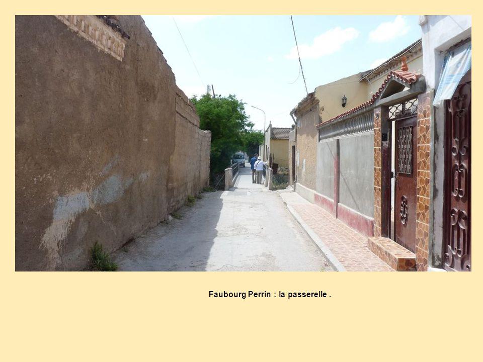 Faubourg Perrin : la passerelle .