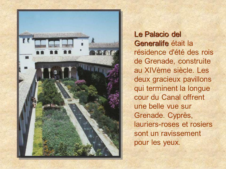 Le Palacio del Generalife était la résidence d été des rois de Grenade, construite au XIVème siècle.