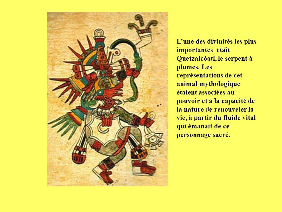 L'une des divinités les plus importantes était Quetzalcóatl, le serpent à plumes.