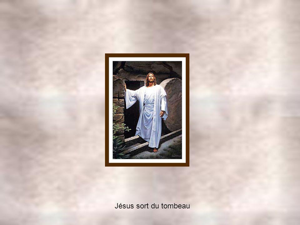 Jésus sort du tombeau
