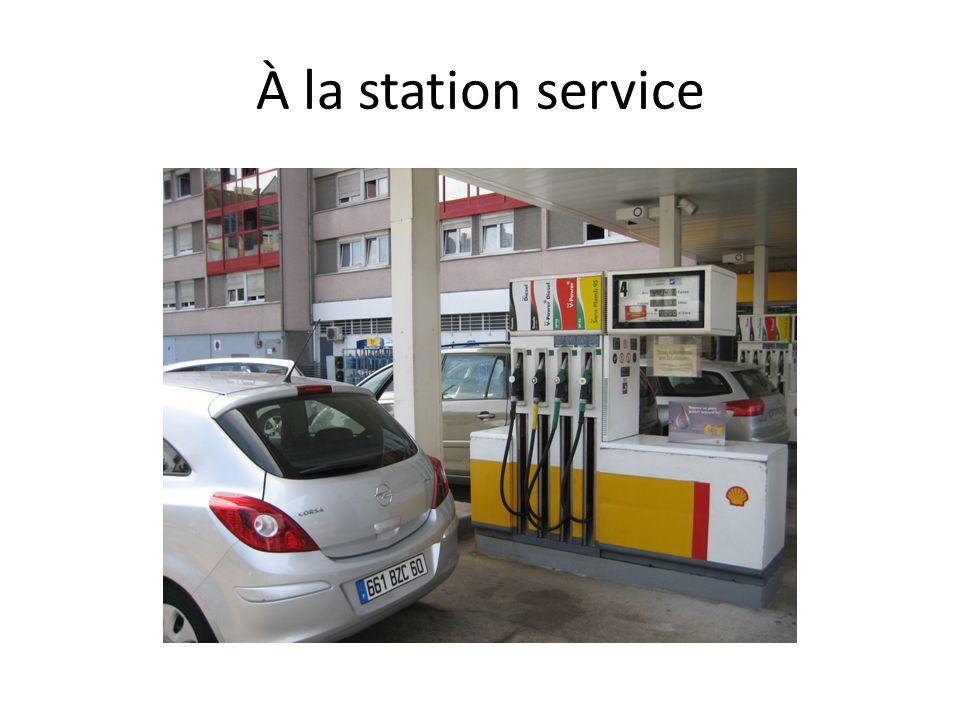 À la station service