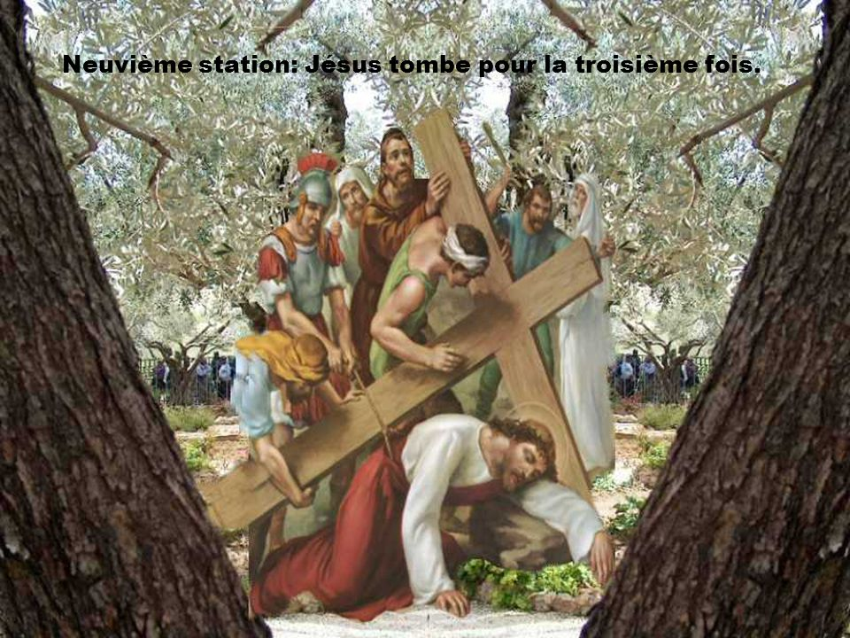 Neuvième station: Jésus tombe pour la troisième fois.