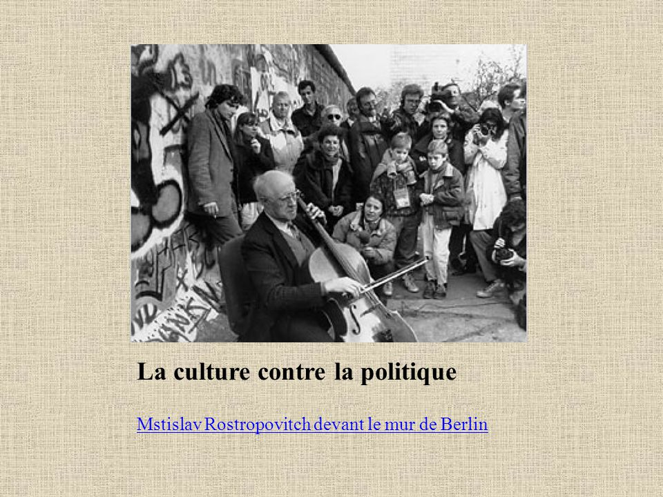 La culture contre la politique