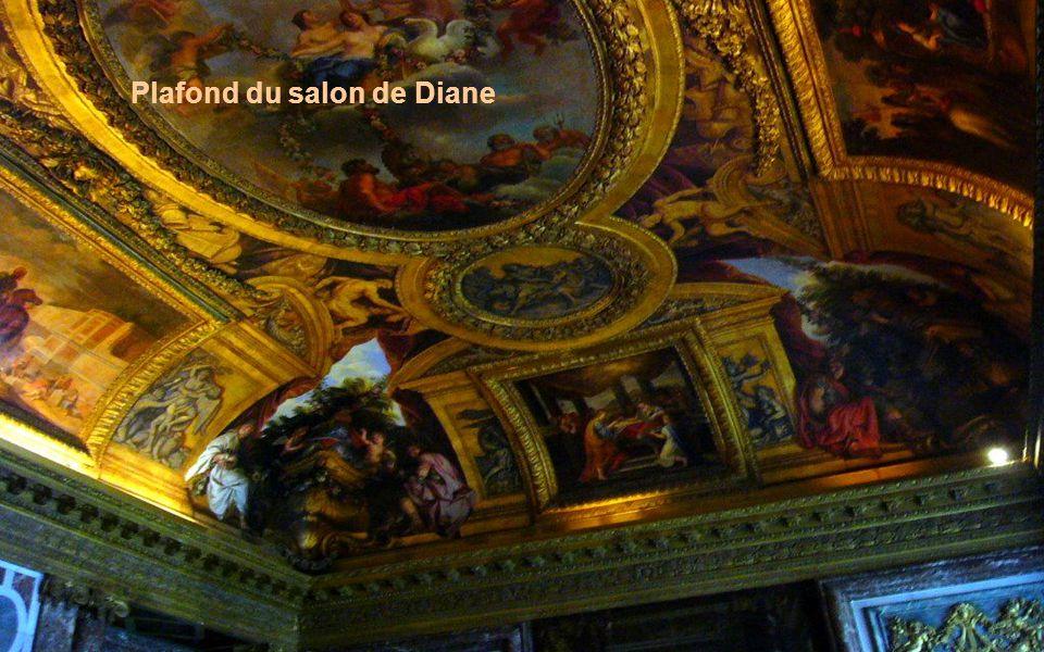 Plafond du salon de Diane