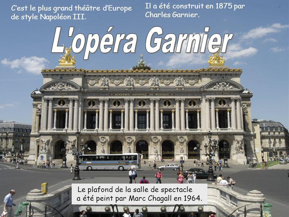 L opéra Garnier Il a été construit en 1875 par Charles Garnier.