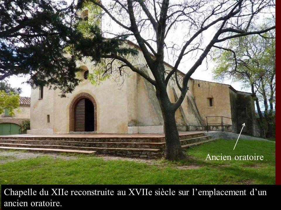 Ancien oratoire Chapelle du XIIe reconstruite au XVIIe siècle sur l'emplacement d'un ancien oratoire.