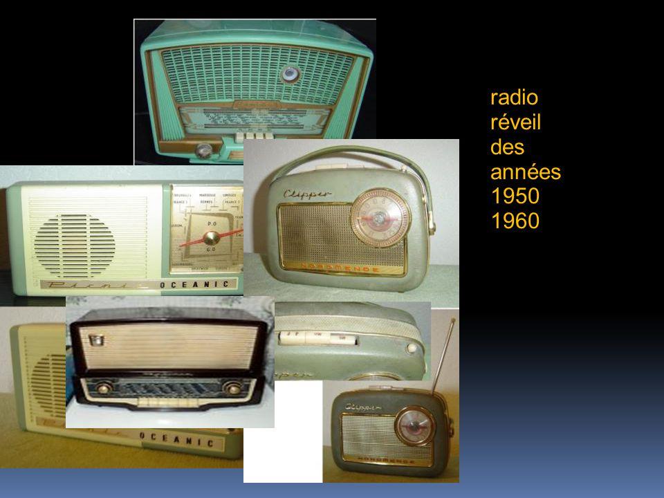 radio réveil des années 1950 1960