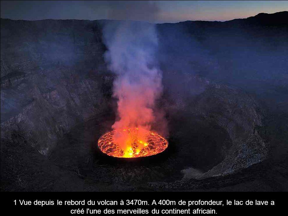 1 Vue depuis le rebord du volcan à 3470m