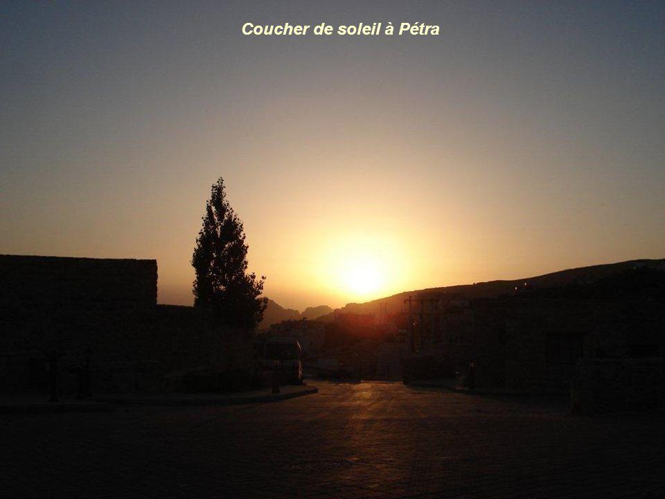 Coucher de soleil à Pétra