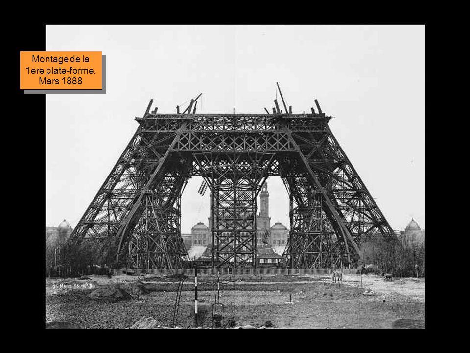 Montage de la 1ere plate-forme. Mars 1888