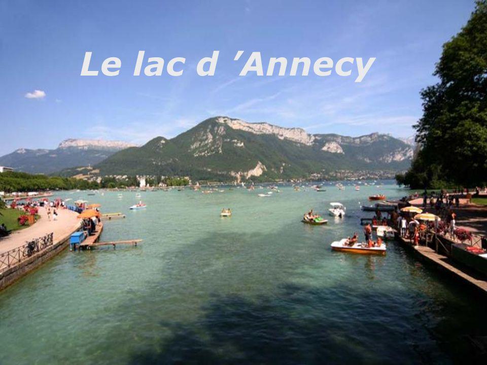 Le lac d 'Annecy