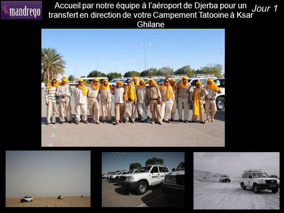 Accueil par notre équipe à l'aéroport de Djerba pour un transfert en direction de votre Campement Tatooine à Ksar Ghilane