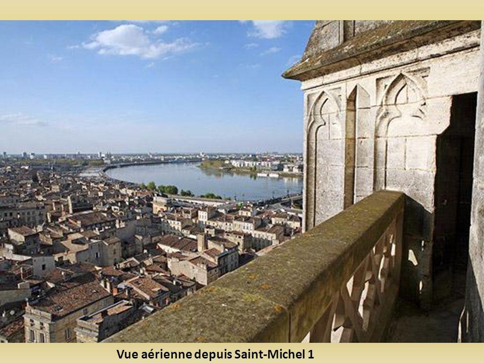 Vue aérienne depuis Saint-Michel 1