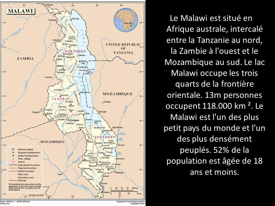 Le Malawi est situé en Afrique australe, intercalé entre la Tanzanie au nord, la Zambie à l ouest et le Mozambique au sud.
