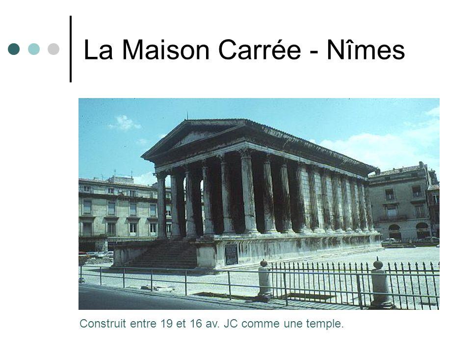 La Maison Carrée - Nîmes