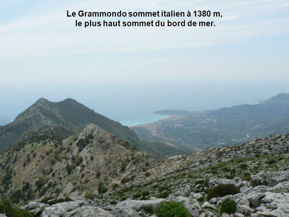 Le Grammondo sommet italien à 1380 m,