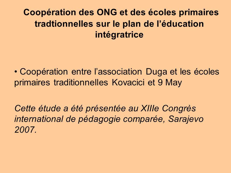 Coopération des ONG et des écoles primaires tradtionnelles sur le plan de l'éducation intégratrice