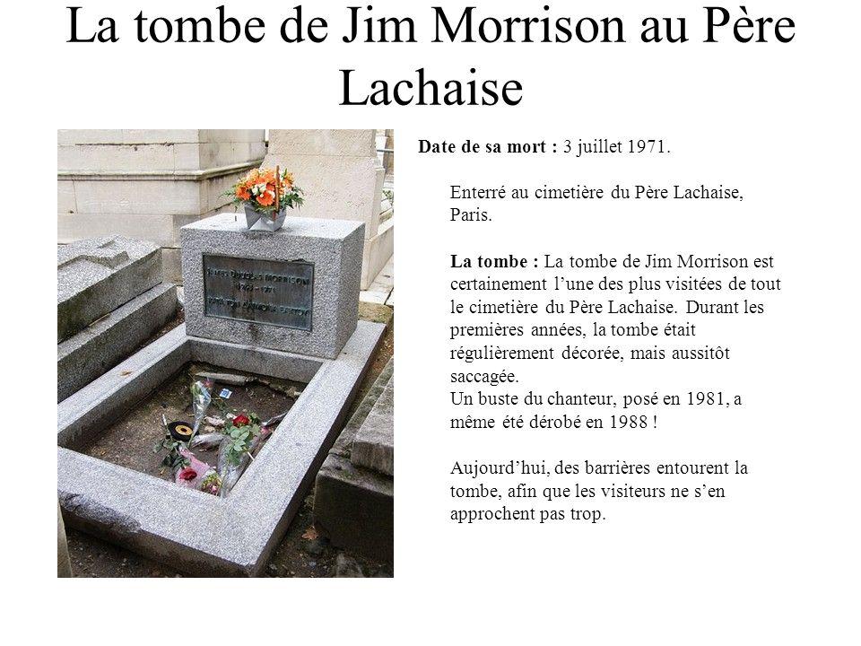 La tombe de Jim Morrison au Père Lachaise