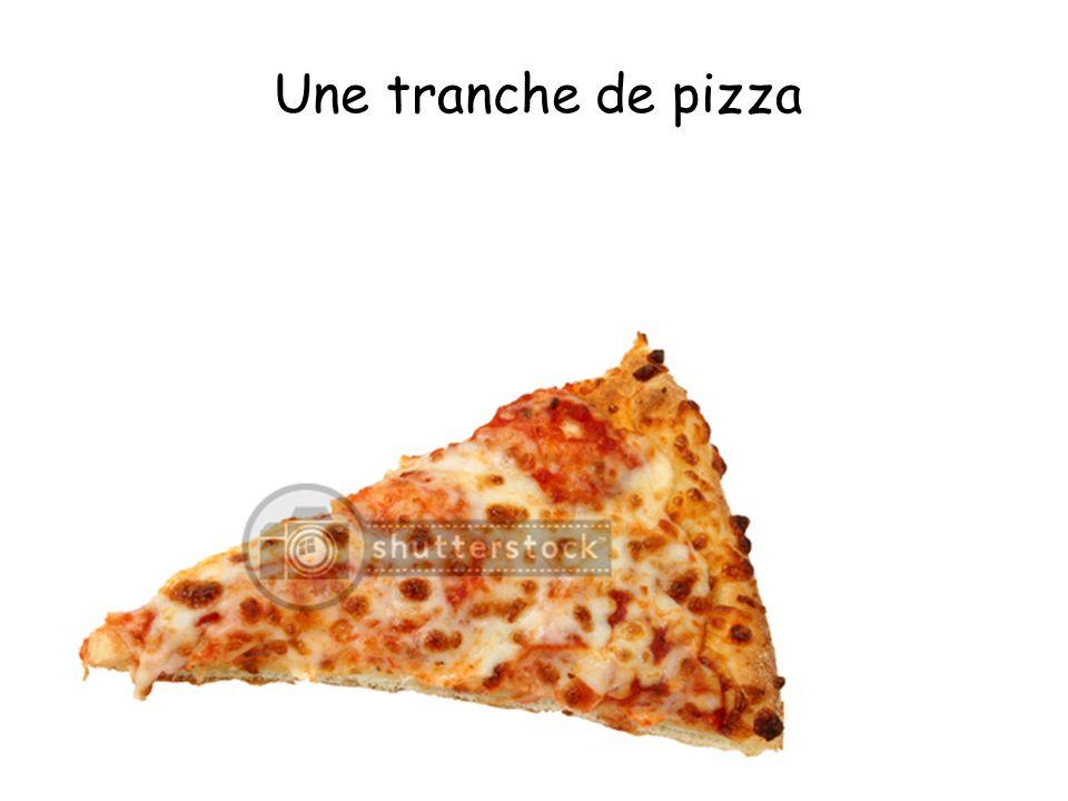 Une tranche de pizza