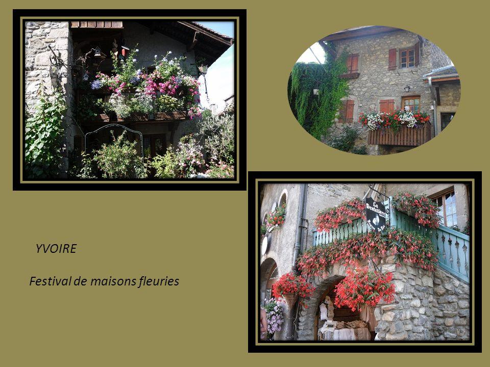 YVOIRE Festival de maisons fleuries
