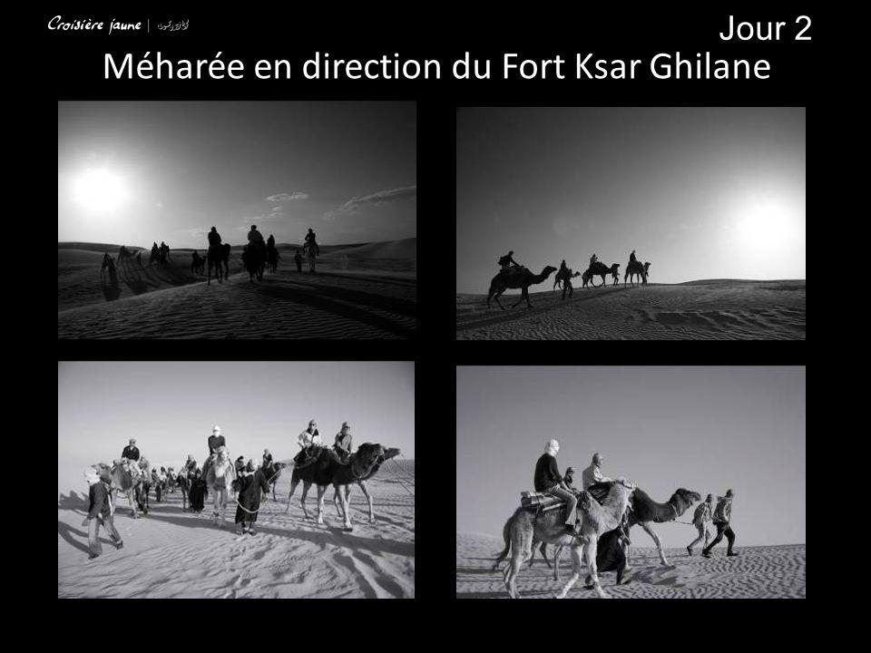 Méharée en direction du Fort Ksar Ghilane